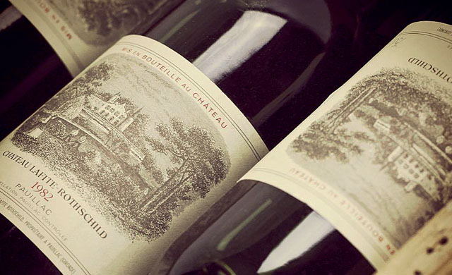 数字闪烁有时: [1982] 开一瓶82年的红酒吧 !