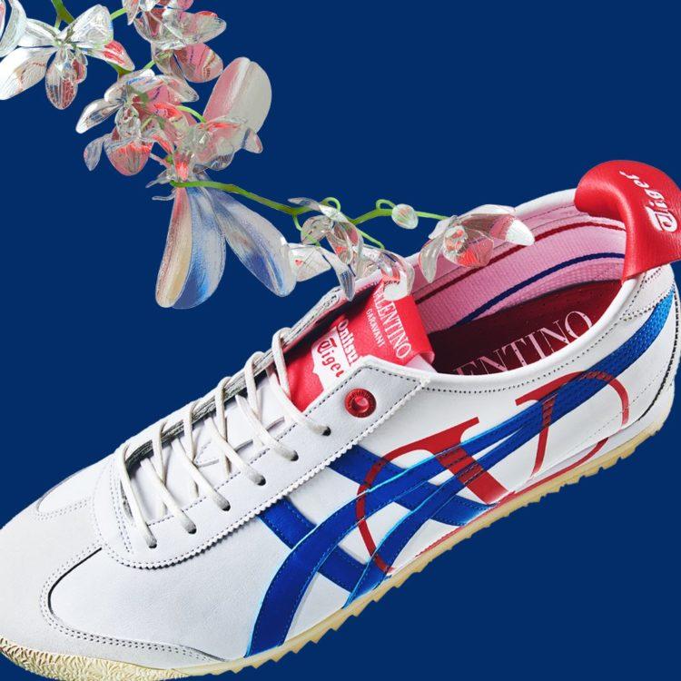 "VALENTINO GARAVANI x ONITSUKA TIGER ""WHITE/DIRECTOIRE BLUE""限定运动鞋,新加坡仅有48双。"